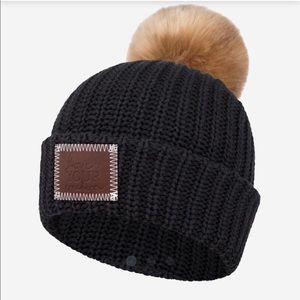 NWT and wrapping Love Your Melon cuffed beanie